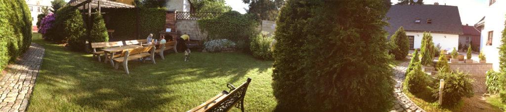 Lázně Jablonec, letní zahrada, místo pro grilování a odpočinek
